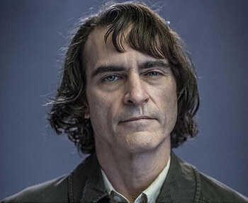 Joaquin+Phoenix+as+the+titular+character+in+%22Joker%22.