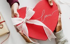 Top 20 Valentine's Day Gifts and Date Ideas