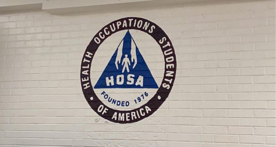 HOSA+officers+for+the+2021-22+school+year+have+been+voted+in.+